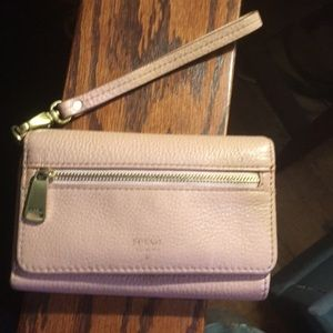 Fossil leather wristlet wallet